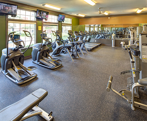 Amenities for fitness & fun.