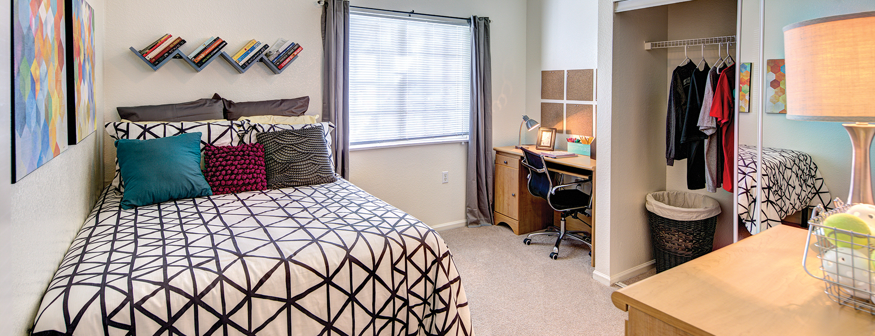 Student apartments university trails 2210 main street for One bedroom apartments lubbock